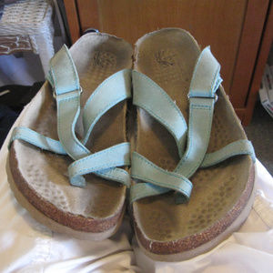 WHITE MT. FAUXCORK TOERING FLAT SANDALS 9M